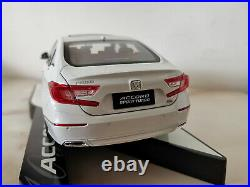 1/18 Scale Honda Accord 2018 10th Generation White Diecast Car Model Toy